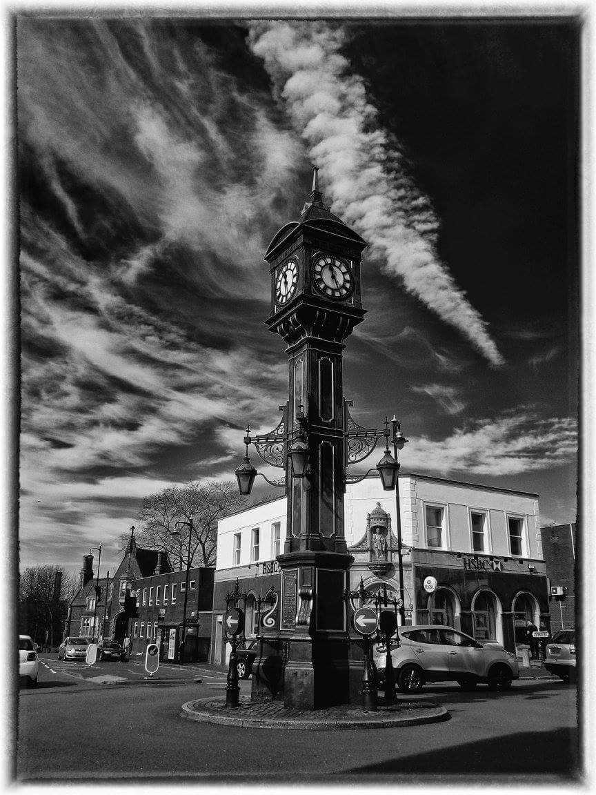 View a selection of great Birmingham monochrome photography from Barry
